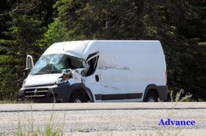2818-accident-van