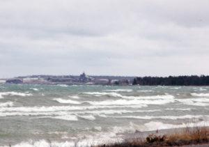 1619-lakewaves