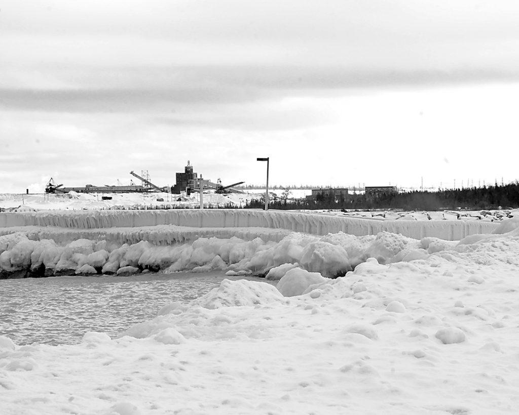 0420-icy-at-harbor