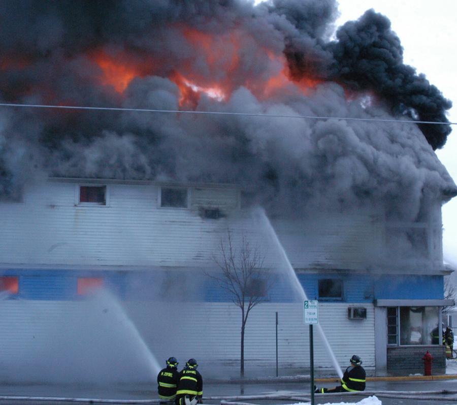 0706-erie-street-side-fire