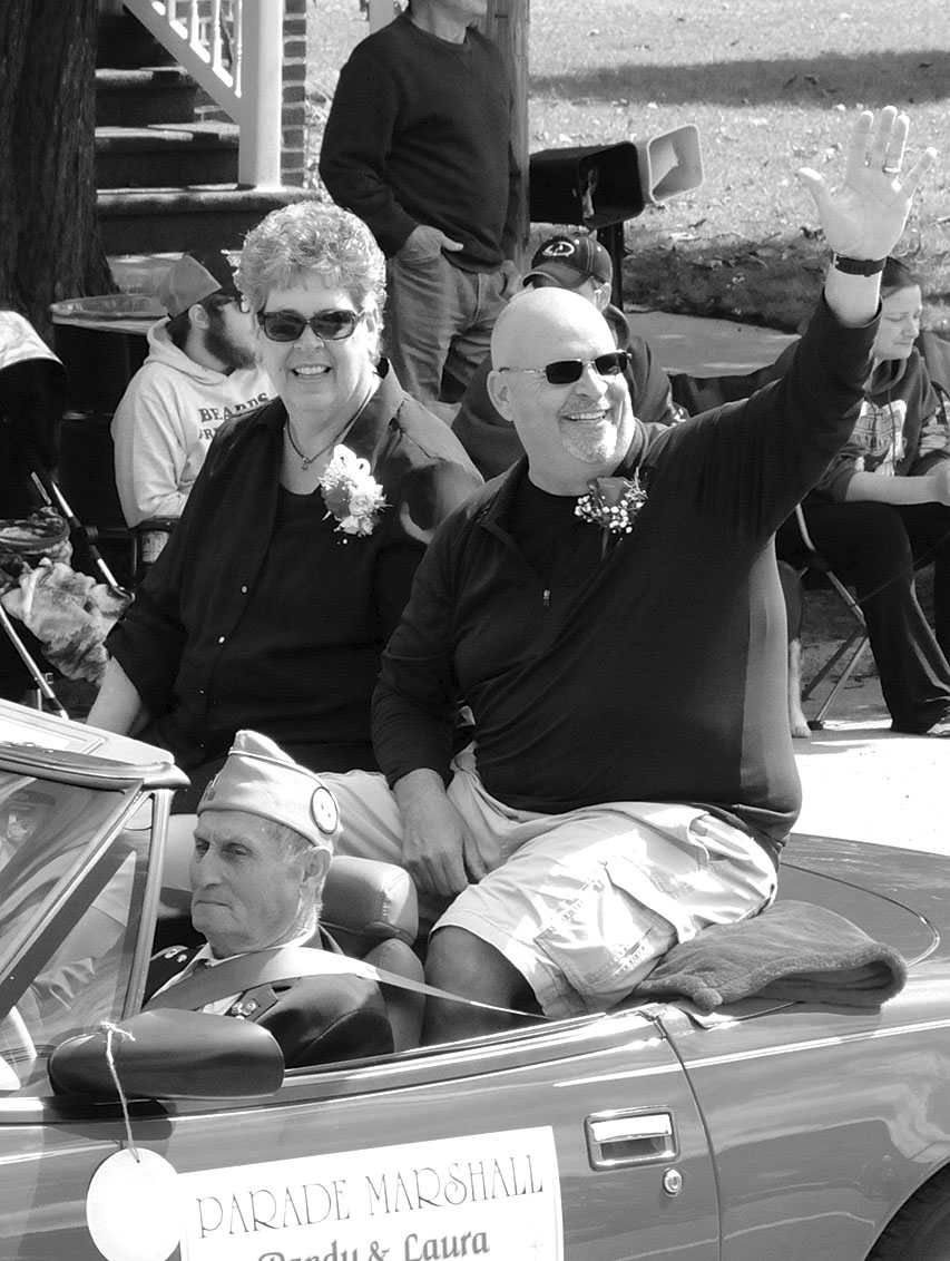 Randy and Laura Idalski were honored in 2019 as grand marshals of the Posen grand parade. (Photo by Richard Lamb)