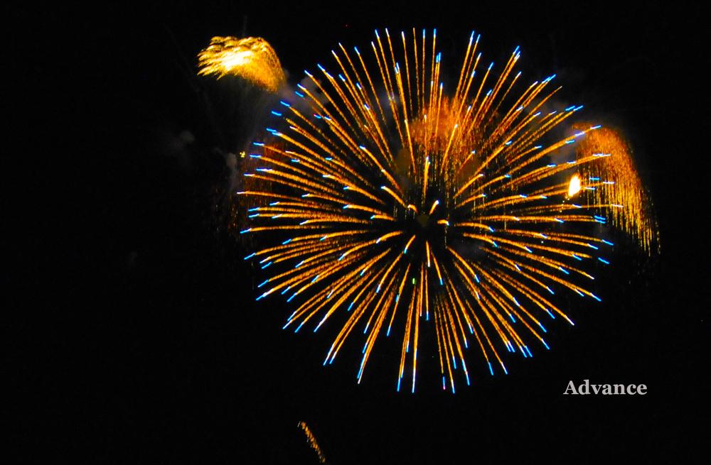 2720-fireworks-2